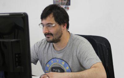 Podajajoč intervju z Ivanom Žgancem, vodjo tehnološkega razvoja